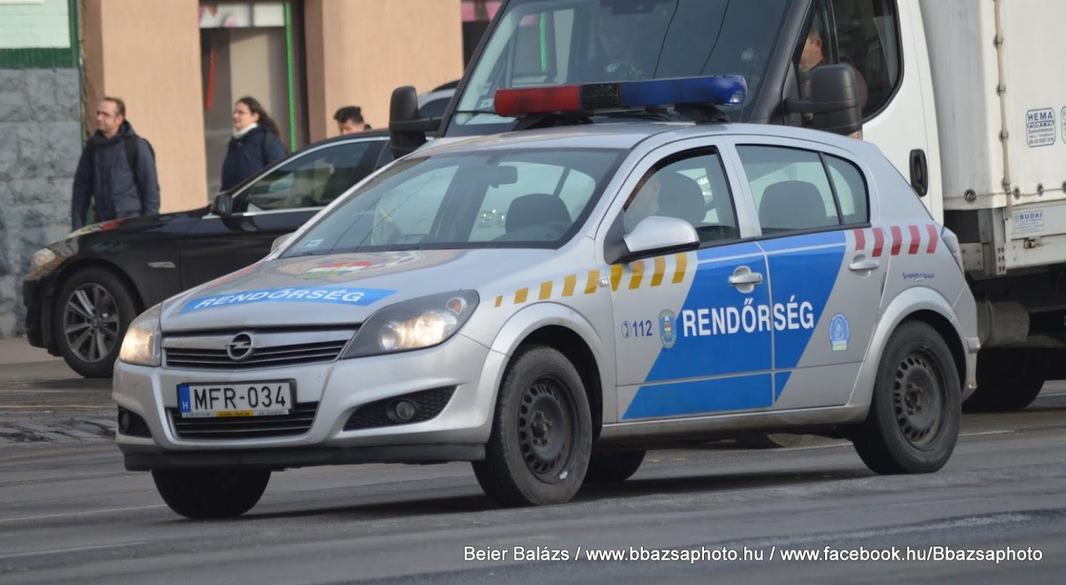 Opel Astra H – Készenléti Rendőrség