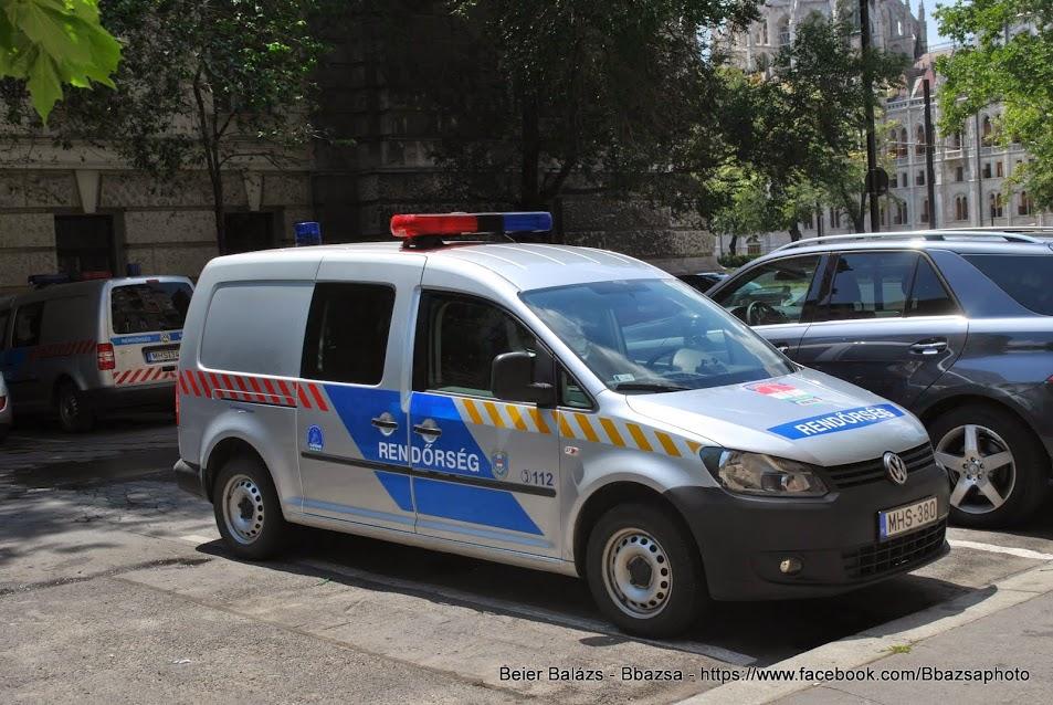 Volkswagen Caddy – Készenléti Rendőrség