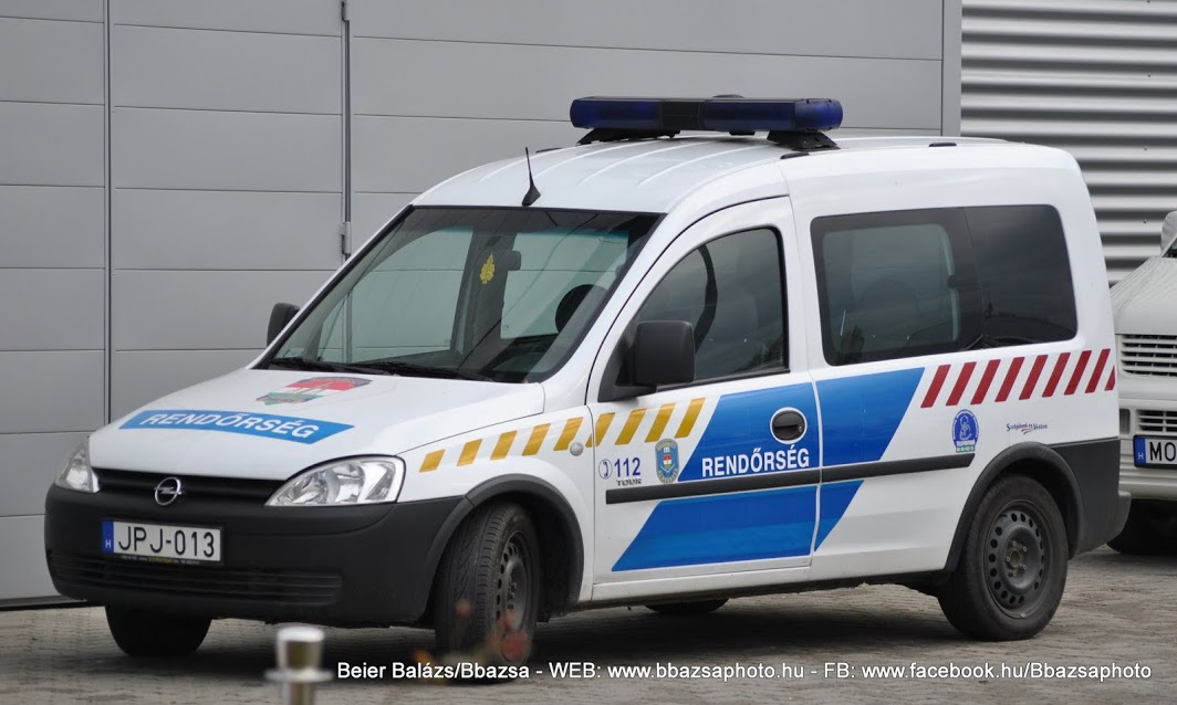Opel Combo – csíkos