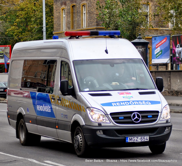 Mercedes Sprinter II 513 CDI – Készenléti Rendőrség