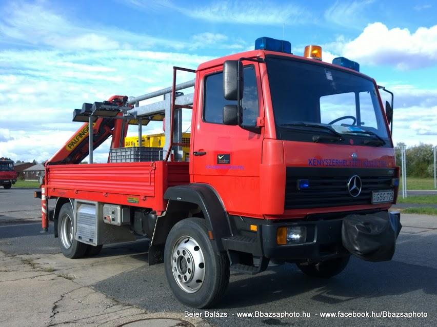 Mercedes 1117 – Kényszerhelyzeti készültség platós