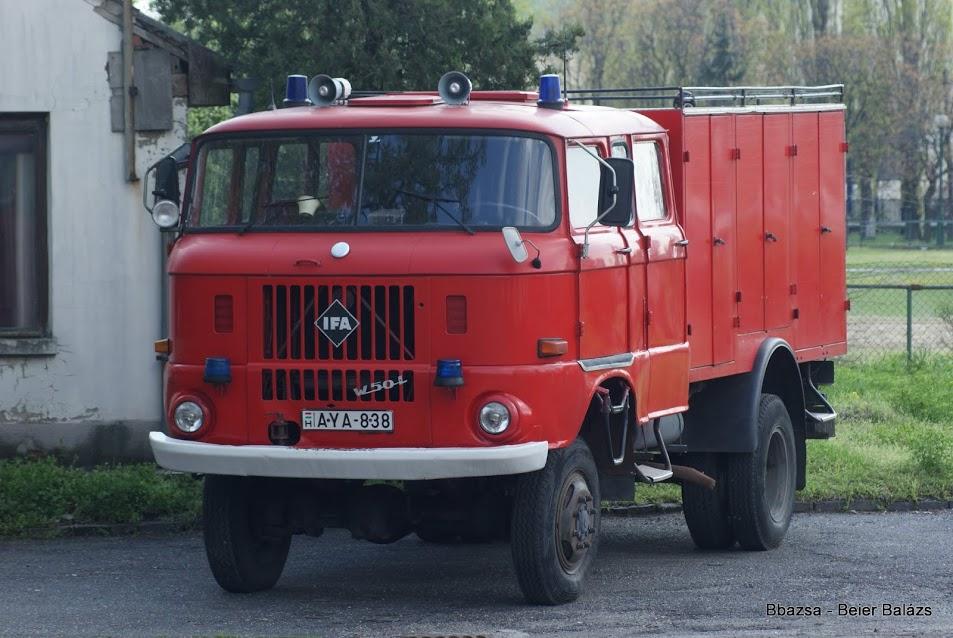 IFA W50 tömlőszállító