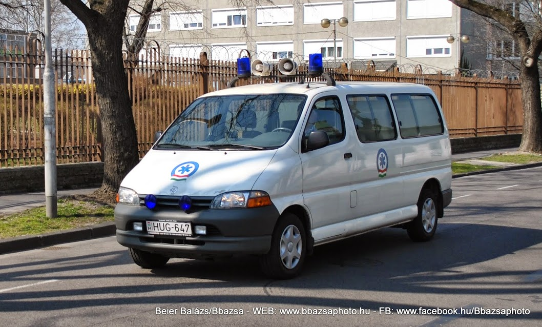 Toyota Hiace (fehér)