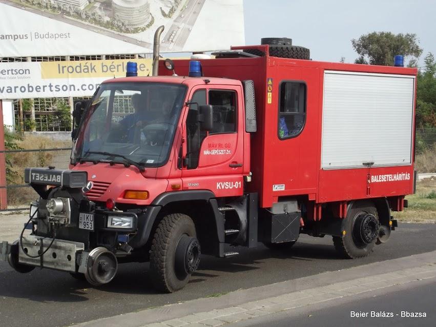 Mercedes Unimog U400 – MÁV
