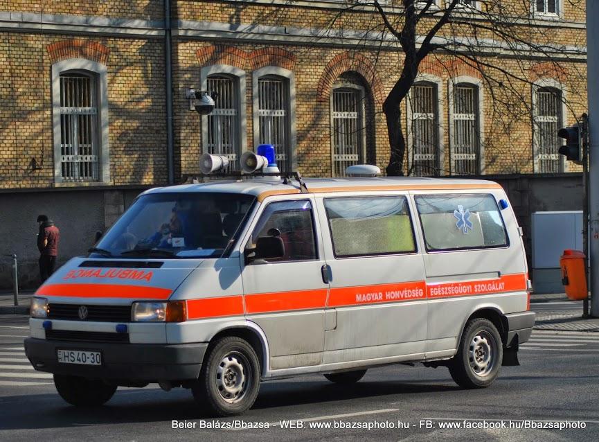 Volkswagen Transporter – EÜ szolgálat (fehér)