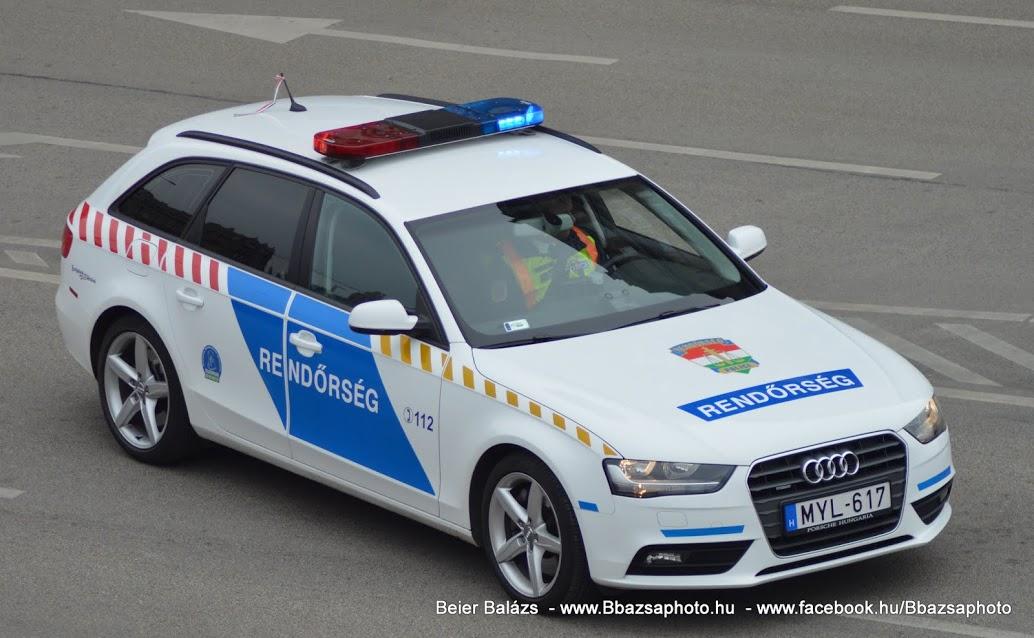 Audi A4 Avant 3.0 TFSI quattro – Fényhíd cserés