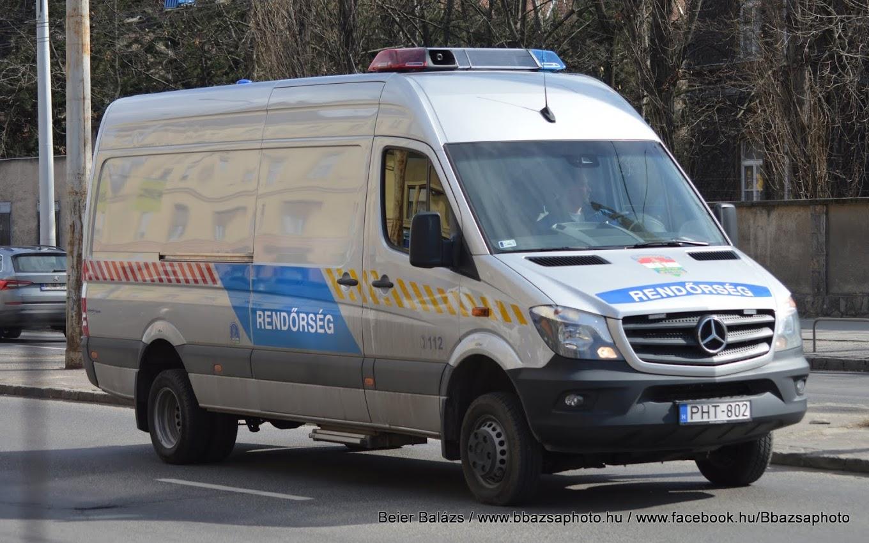 Mercedes Sprinter – Áruszállító Hella
