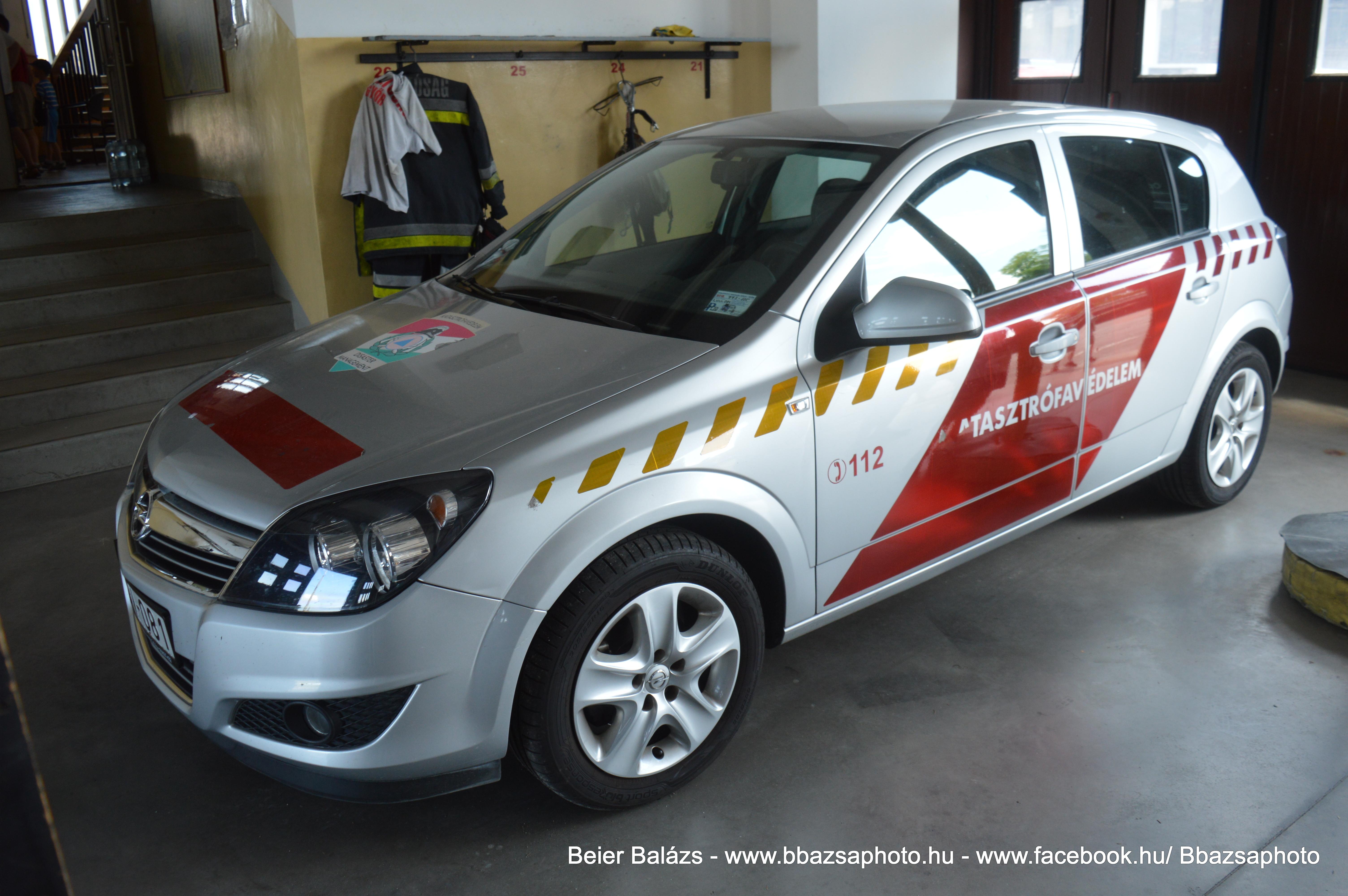 Opel Astra H – Győr – nem kék