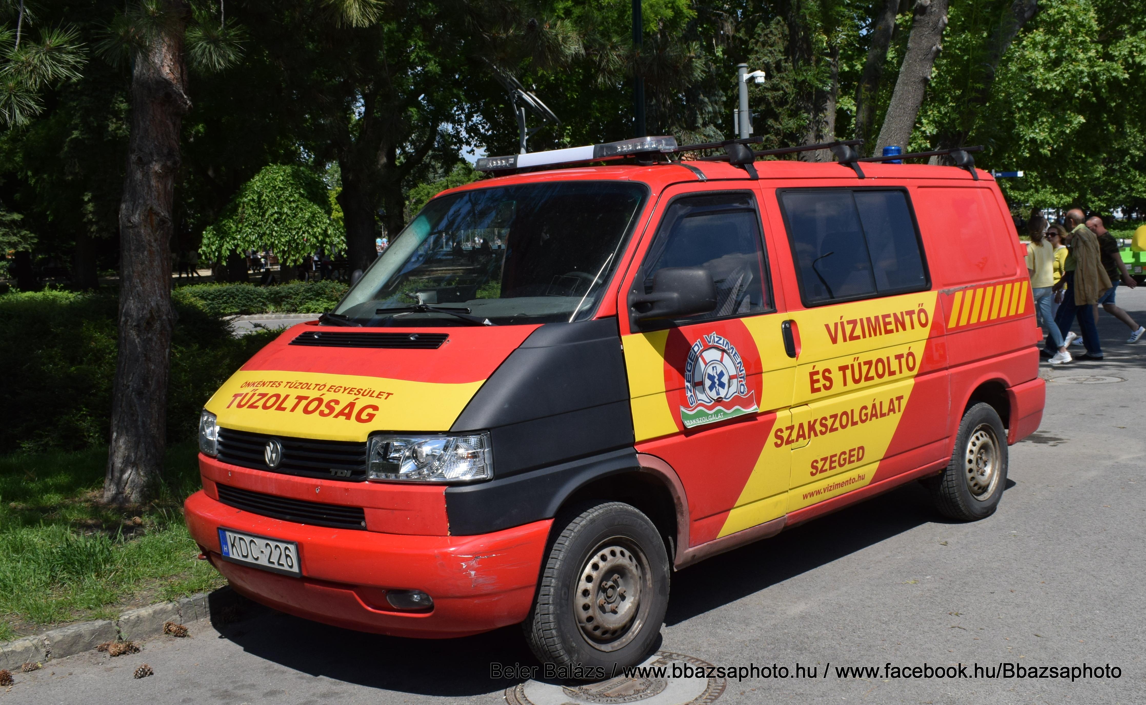 Volkswagen Transporter T4 – Szegedi Vízimentő és Tűzoltó Szakszolgálat