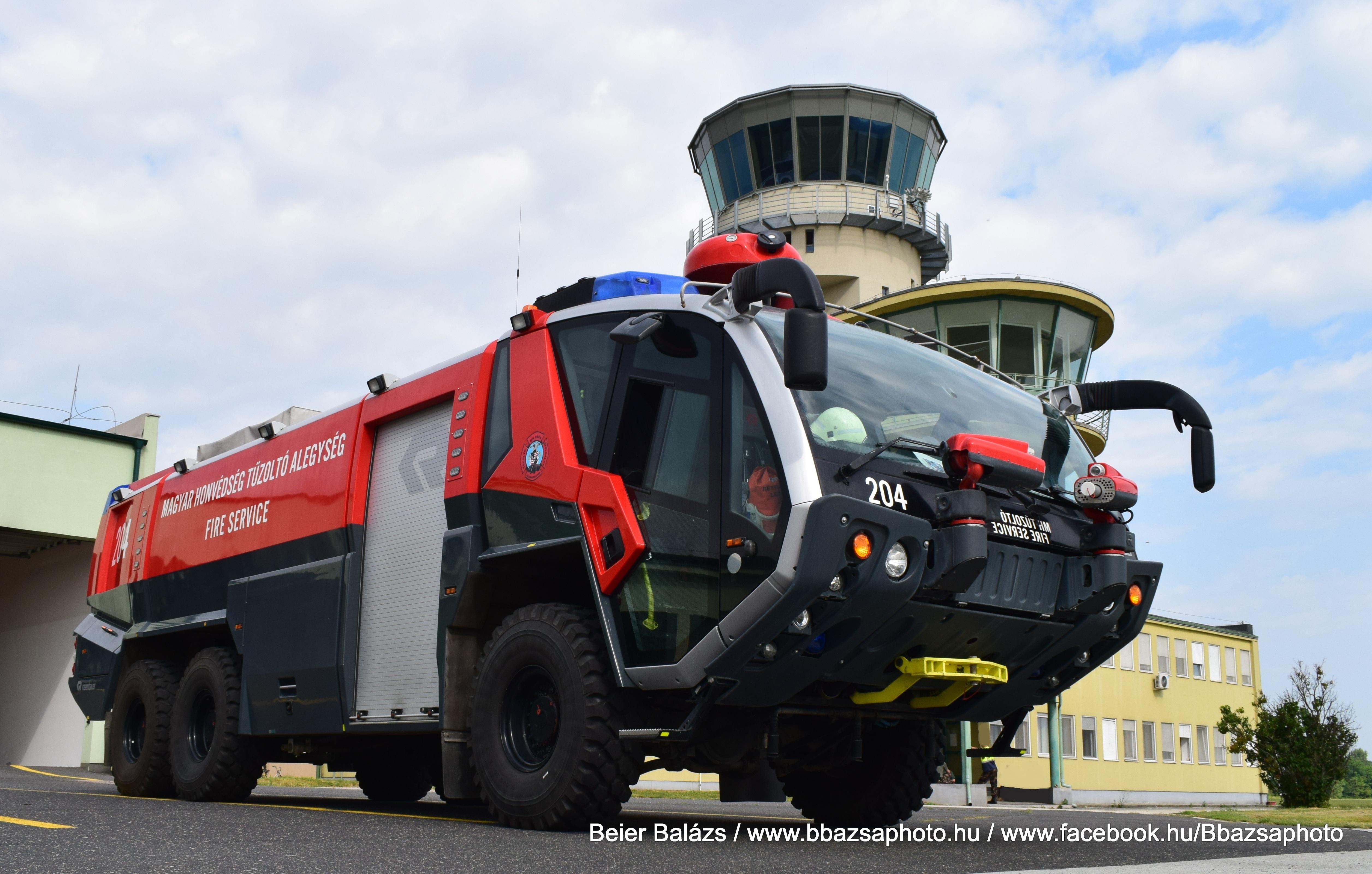 Rosenbauer Panther – MH Pápai Bázisrepülőtér