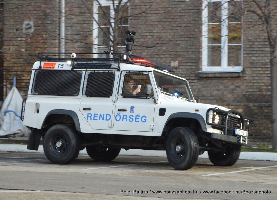 Land Rover Defender – Térfigyelő T5