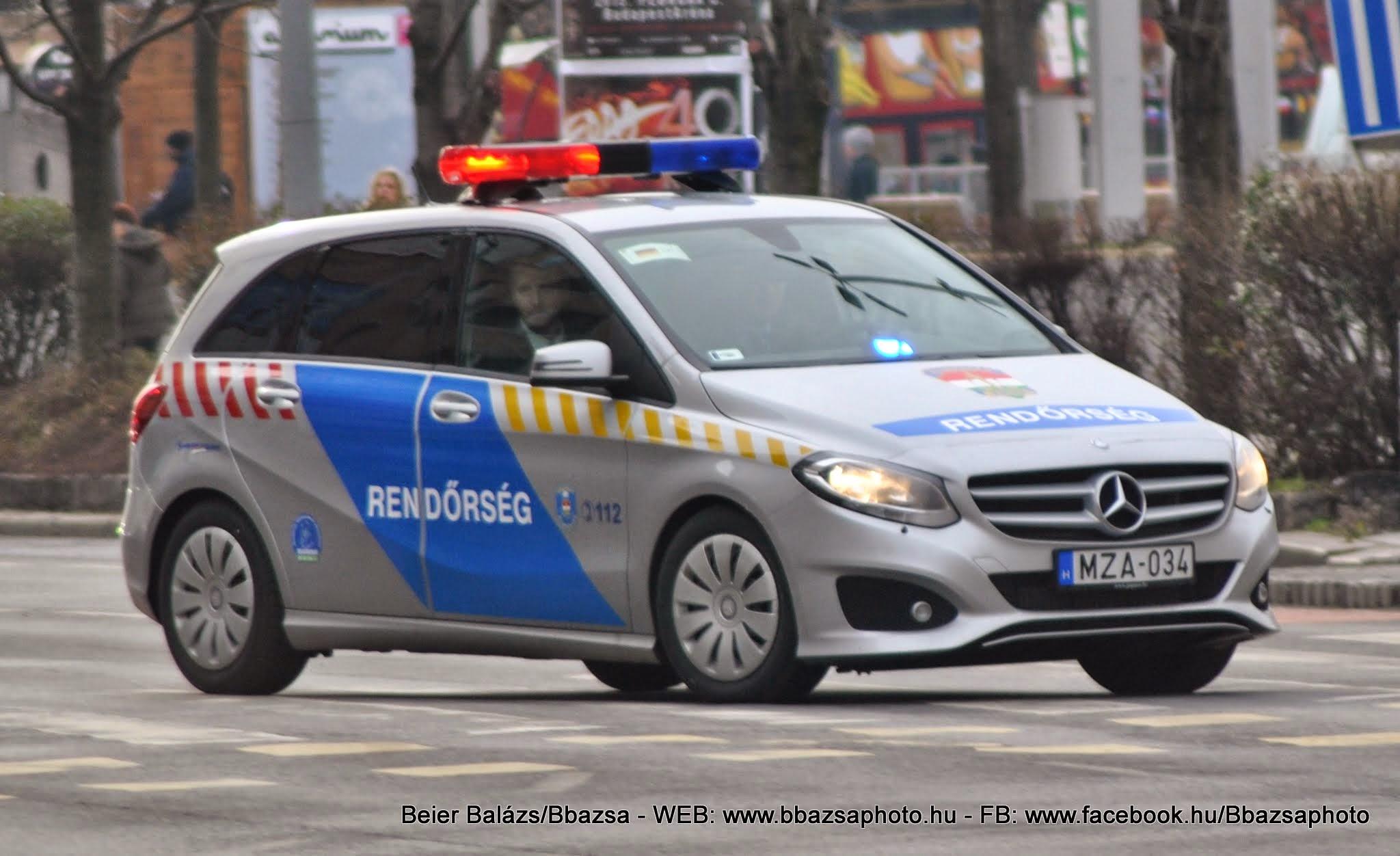 Mercedes-Benz B220 CDI 4Matic – Készenléti Rendőrség