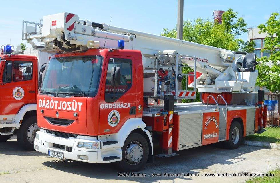 Renault Midlum 270 Bronto-Skylift 23-12