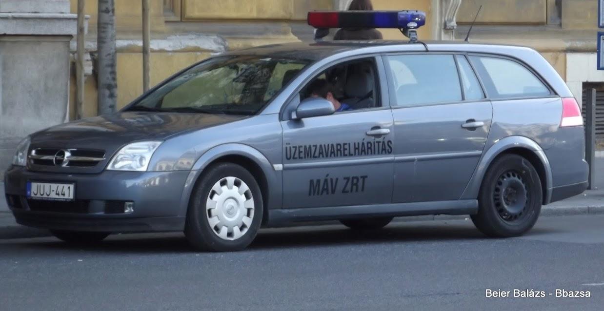 Opel Vectra 5 – MÁV