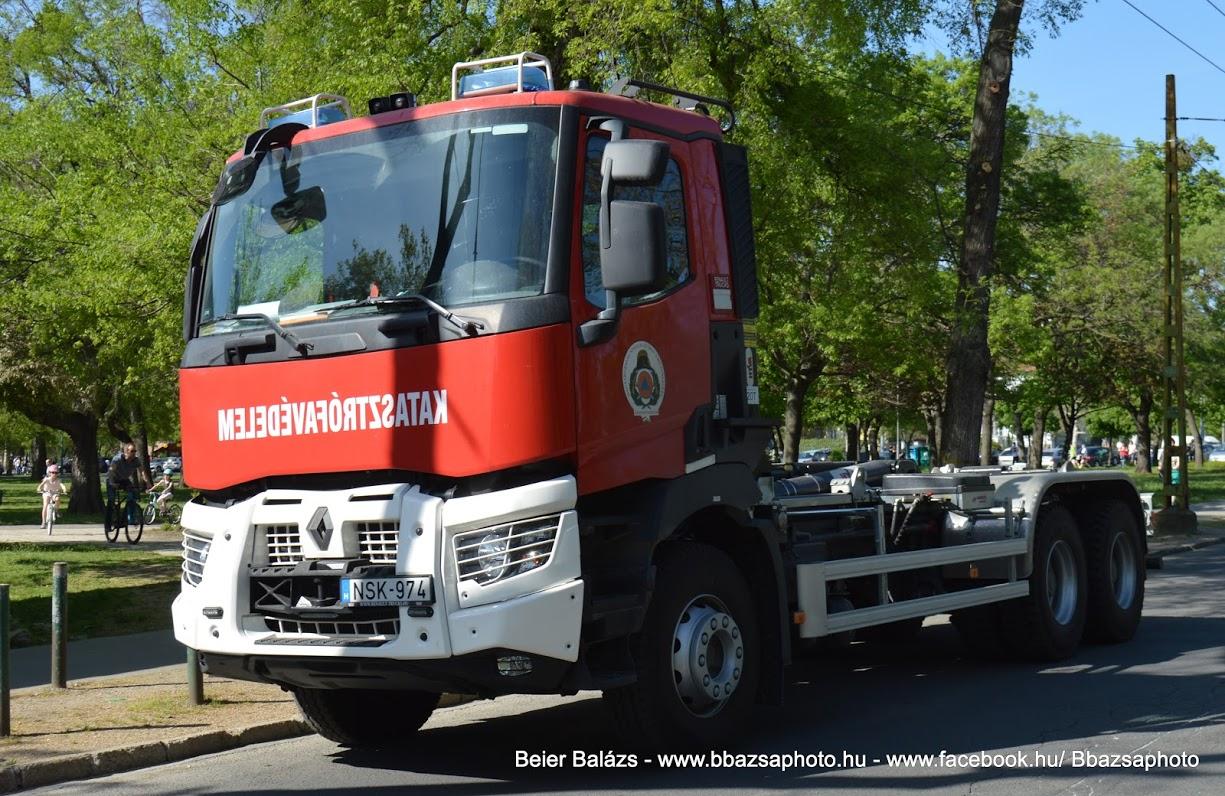 Renault Kerax D – cserefelépítményes NSK