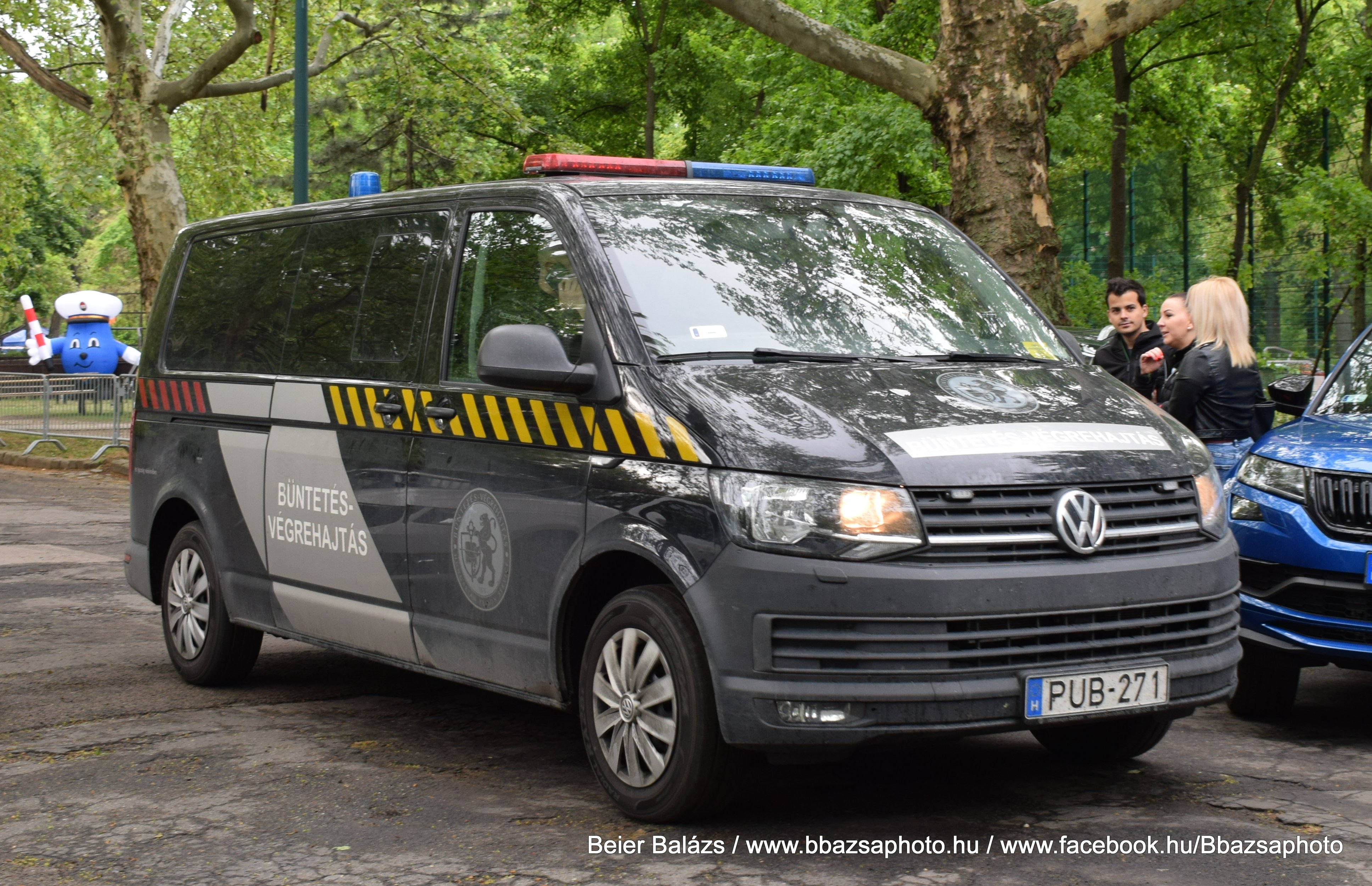 Volkswagen Transporter T6 – BV fekete