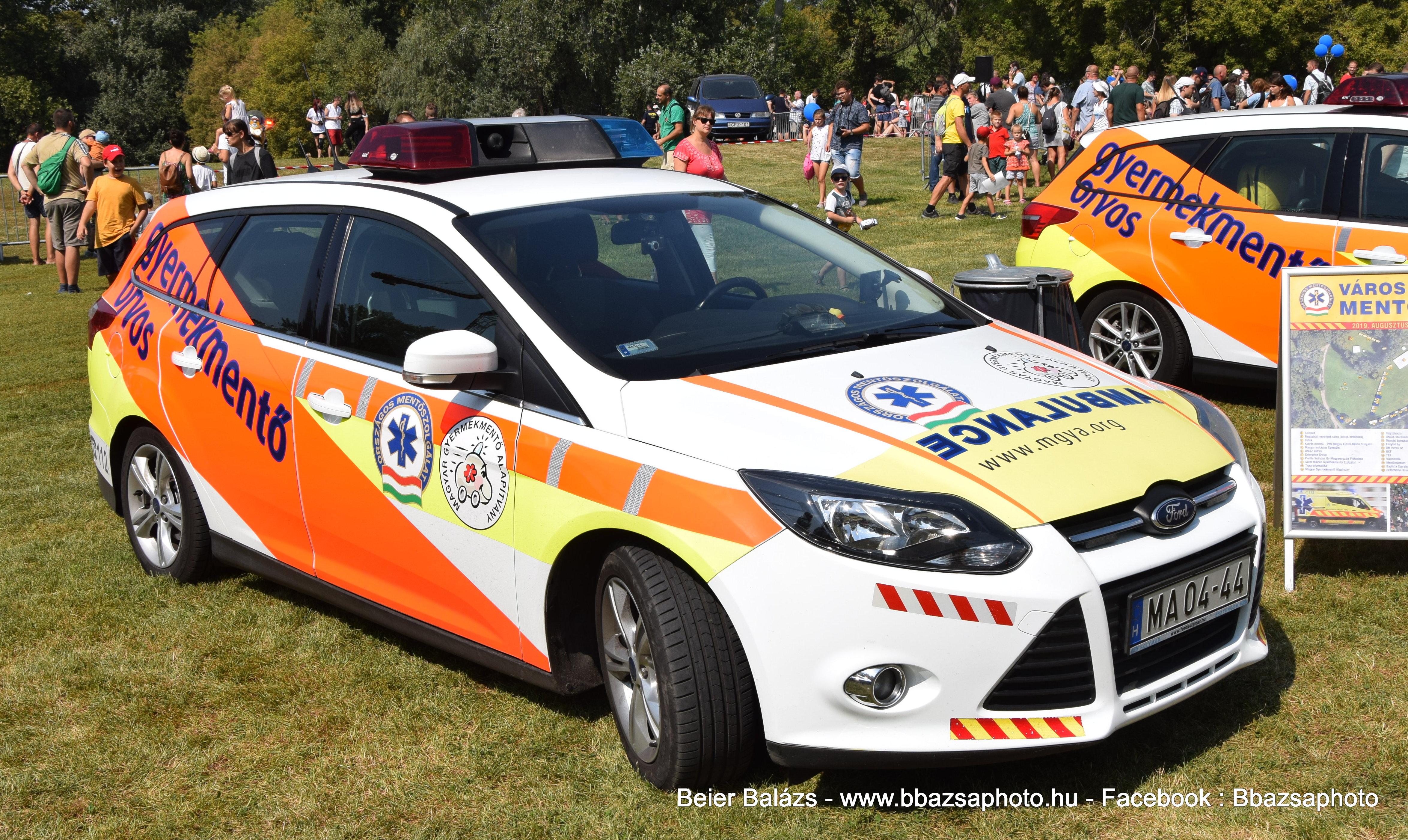Ford Focus – Magyar Gyermekmentő alapítvány MA04-44