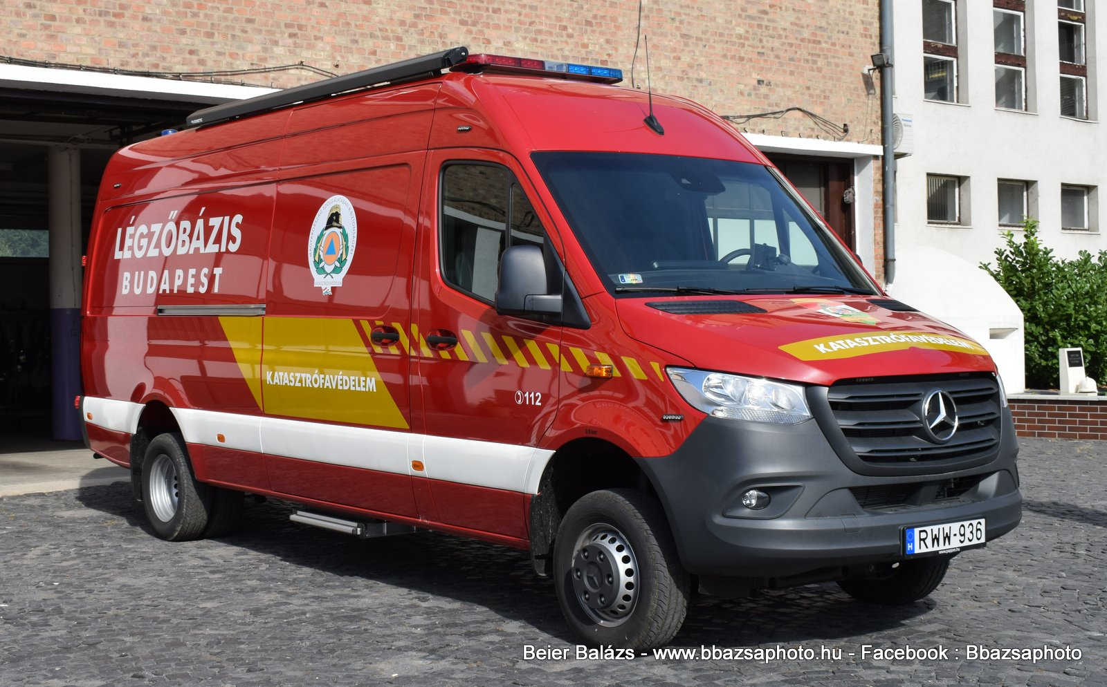 Mercedes Sprinter III – Légzőbázis