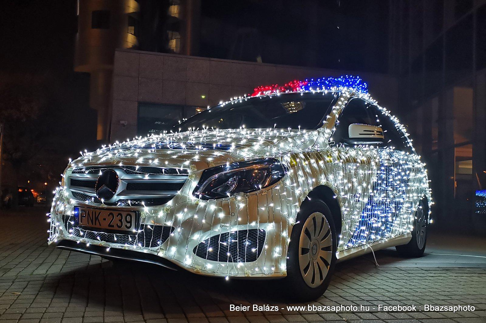 Mercedes B220 – Karácsony