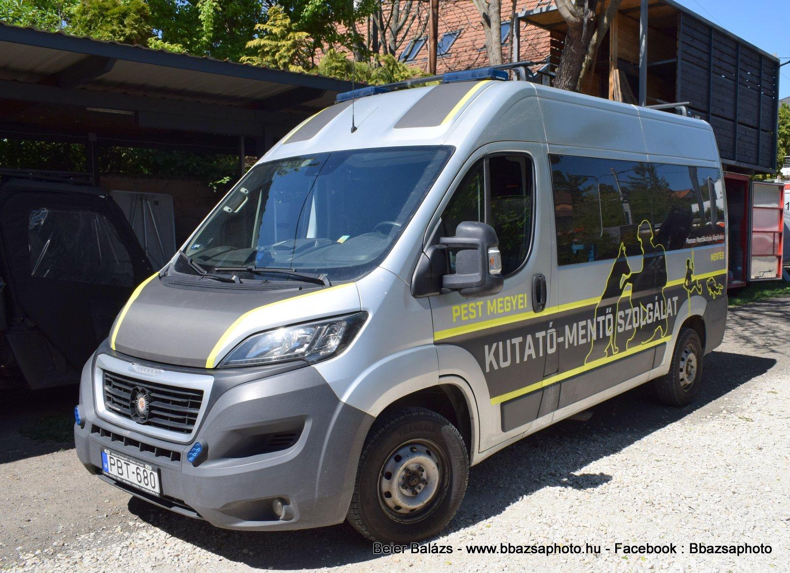 Peugeot Boxer – Pest megyei kutató mentő