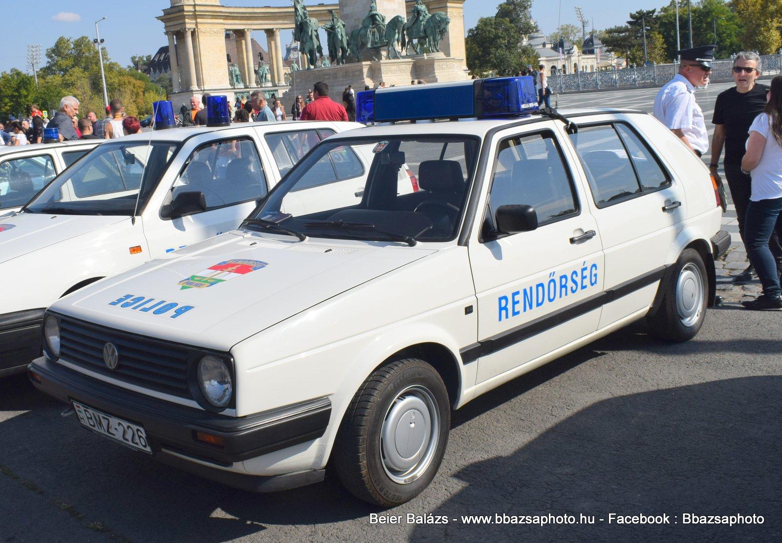 Volkswagen Golf – Hella